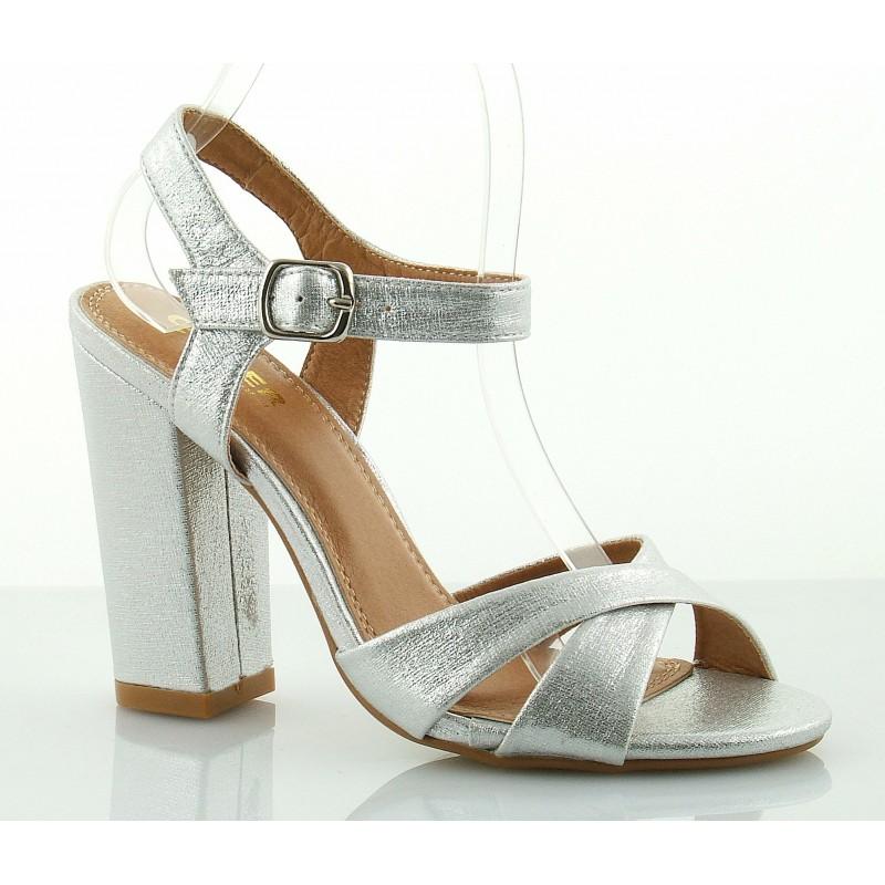 0041df6cd0250 Atrakcyjne sandały na słupku, z paskiem wokół kostki, srebrne.